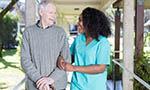 Cuidadoras E Cuidadores: Trabalhadores Invisíveis