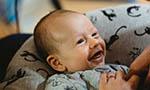Como bebês nascidos pré-termo e a termo reagem diante da indisponibilidade materna?